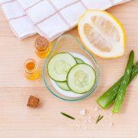 Cicatrici provocate de acnee? 7 remedii naturiste rapide
